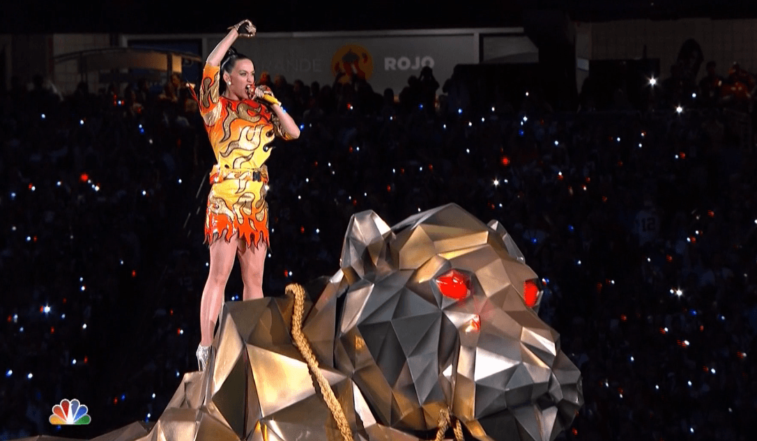 KATY PERRY'S SUPER BOWL HALFTIME PERFORMANCE 2015