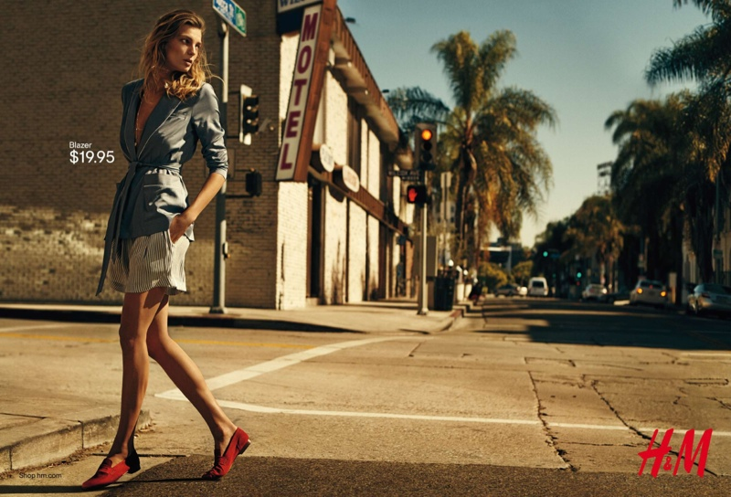 DARIA WERBOWY FRONTS H&M's LATEST SPRING COLLECTION
