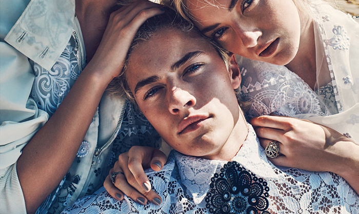 LUCKY BLUE SMITH REUNITES WITH SISTERS IN LATEST EDITORIAL FOR MARIE CLAIRE