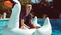 LUCKY BLUE SMITH FOR PENSHOPPE S/S 2016