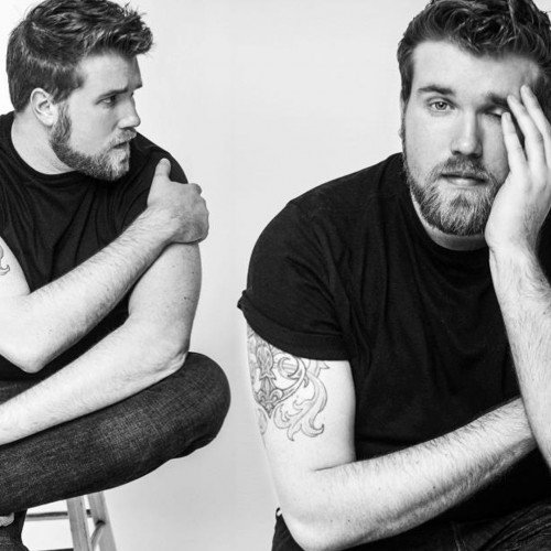 ZACH MIKO IS THE VERY FIRST PLUS-SIZED MALE MODEL SIGNED BY IMG