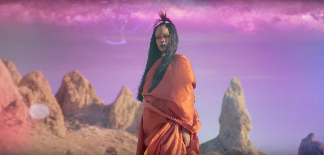 "RIHANNA RELEASES HER SCI-FI THEMED VIDEO FOR STAR TREK'S OST ""SLEDGEHAMMER"""