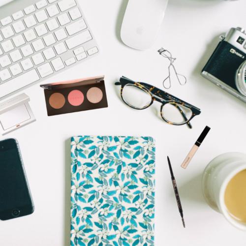 8 OFFICE MAKE-UP ESSENTIALS EVERY GIRL NEEDS