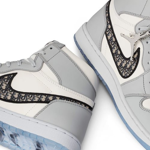 THE DIOR X AIR JORDAN 1 HAVE OFFICIALLY LAUNCHED AND HERE'S WHAT WE KNOW