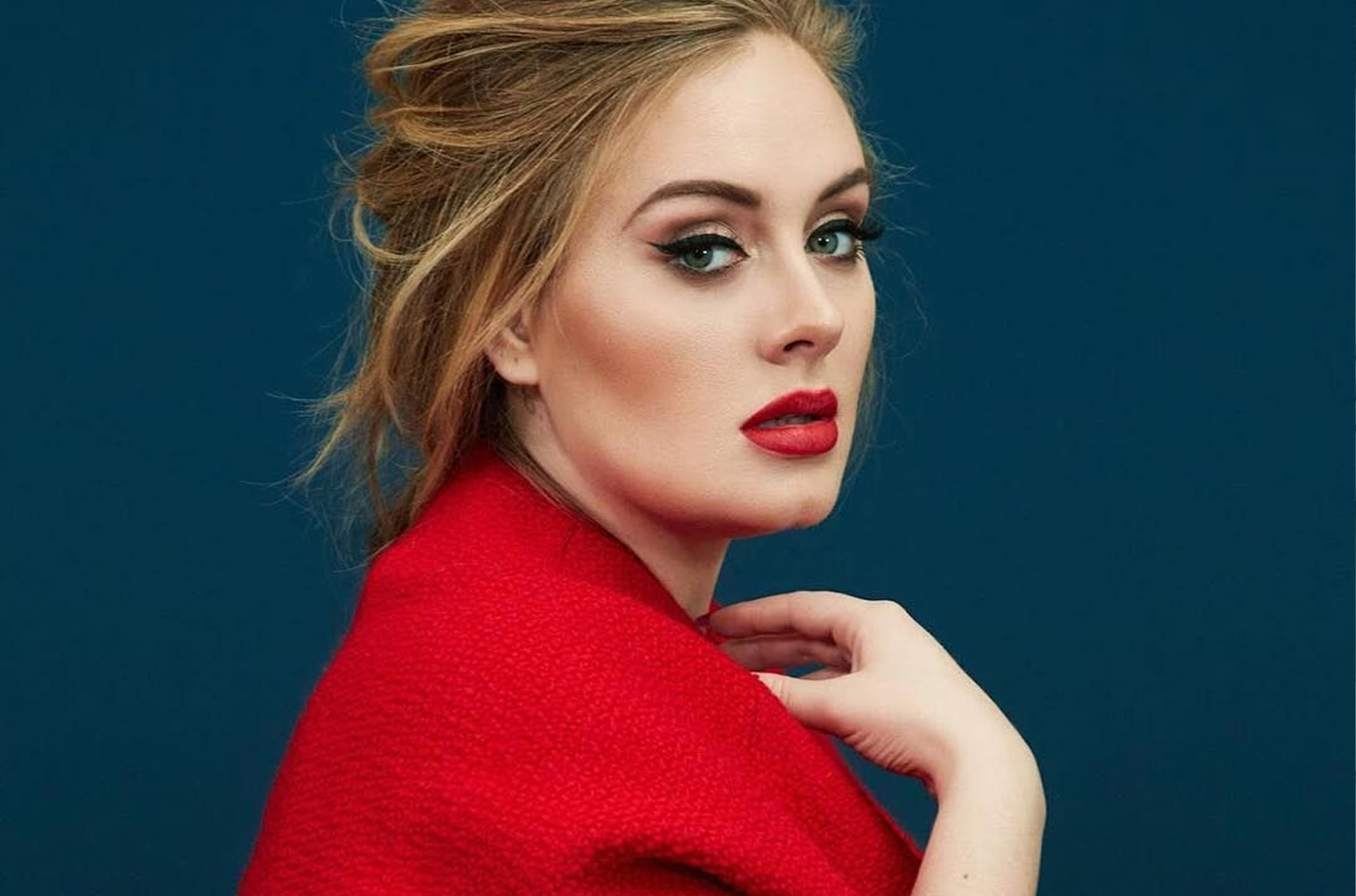 ADELE FANS SPECULATES THE RELEASE OF HER NEW ALBUM AS '30' BILLBOARDS EMERGES